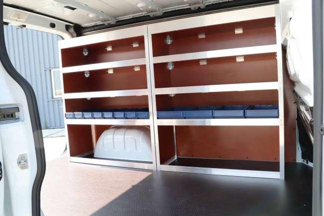 Standaard aluminium-houten stellingkast voor in de bedrijfswagen